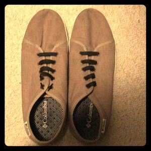 Columbia size 10 canvas shoes.  Good condition.